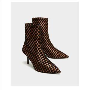 Zara Multicolored, Mesh, High Heels Boots 7.5.
